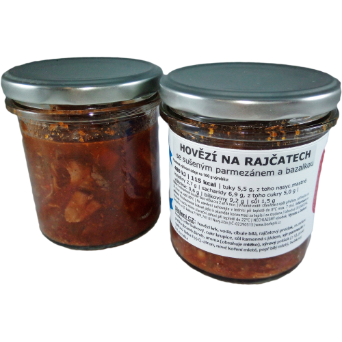 TRHANé hovězí na rajčatech se sušeným parmezánem a bazalkou 250 g